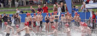 Kinder beim Triathlon